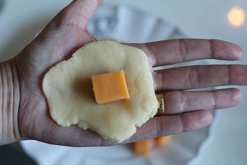 bolinha-de-queijo-dupla-gourmet3